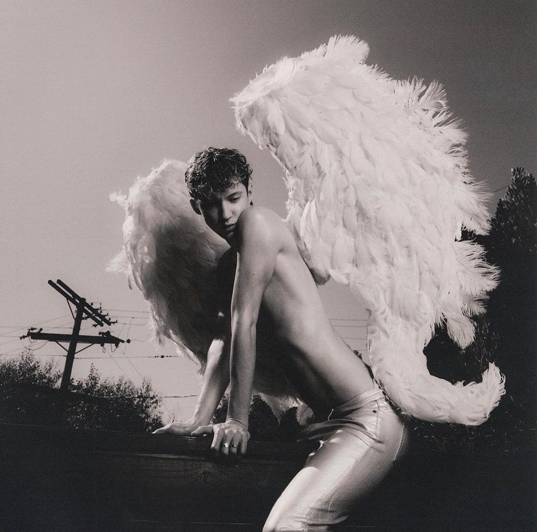 troye-sivan-releases-new-single-angel-baby-01.png/
